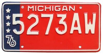 Unused NOS Michigan 1976 Bicentennial US Flag License Plate, 5273 AW, Beauty!