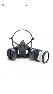 Moldex - 8000 Series Dust Mask,vapour(8102M) Reusable(made In Germany)