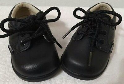 92d2afc3dc0a67 EUC  Weebok by Reebok 89009 infant boys black leather lace up loafers Size  2.5