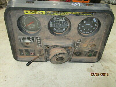 Case IH 885xl Cab Dash Assembly in Good Condition