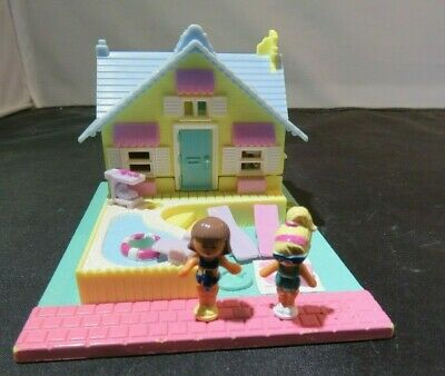Polly Bolsillo Ultimate Clubhouse Magic Movin 2000 With 4 Figuras & Lawn Silla Polly Pocket