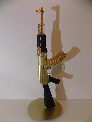 AK47 SCULPTURE DE ROULLAND T SKRED kalach gun kalash art kalashnikov deco design