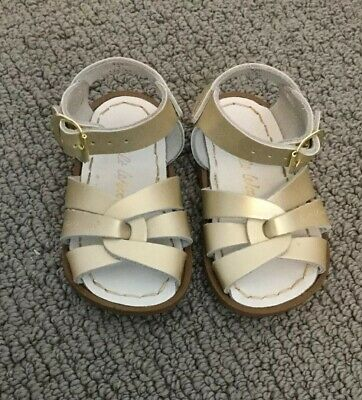 2e676136baab Salt Water Sandals Baby Girl Toddler Gold Metallic Leather Hoyway Sandals  Size 4