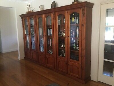 Display Cabinet/Bookcase/Bar