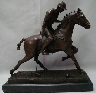 Statue Sculpture Cheval Polo Sport Style Art Deco Bronze massif Signe