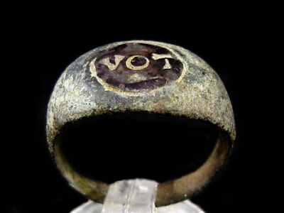 EXTREMELY RARE ROMAN BRONZE RING with SILVER INLAY, *VOT* INSCRIPTION+++