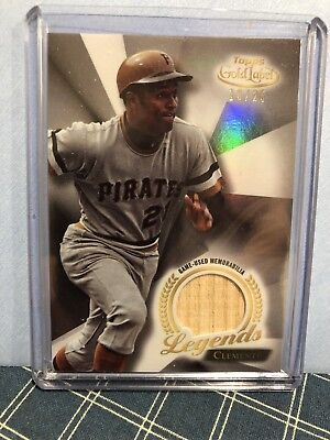 2018 Topps Gold Label Legends Relics Roberto Clemente 18/25