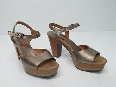 WEEKEND by PEDRO MIRALLES GOLD LEATER HEELS Platform SANDALS Size WOMENS 37 ccddb8086b1