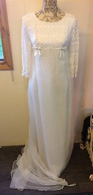 Vintage 1960s Wedding Dress
