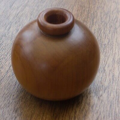 Ancient Kauri Wood Flask From New Zealand Turned From 50,000 Years Old Timber