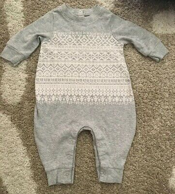 553fb56cb1af Baby Gap Newborn First Favorites Gray White Long Sleeve One Piece Size 0-3  Month