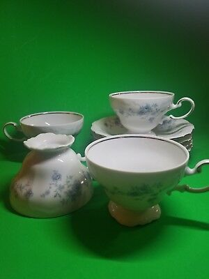 """Set Of 4 Johann Haviland Bavaria Germany """"blue Garland"""" Footed Cups And Saucers"""