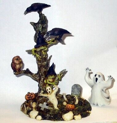 Harmony Kingdom Art Neil Eyre Designs Haunted tree frog frogs cemetery crows owl