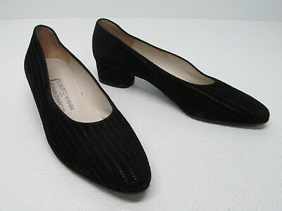 af8009d01003 Roberto Vianni Neiman Marcus Black Suede Leather Pumps Heels Size Women s  ...
