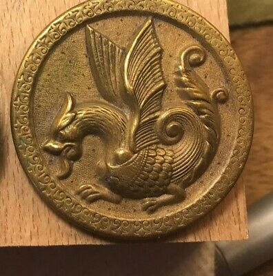"""NICE 1 1/2"""" Picture Large Metal Antique Button 763:12"""