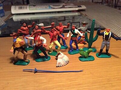 9 Timpo mixed lot of figures with bits and bobs