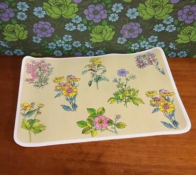 4 x Very Large Dinner Placemats Spring Flower Pattern by Kleeneze