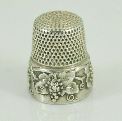 Vintage / Antique Simons Brothers Sterling Silver Grape Pattern Thimble Size 9