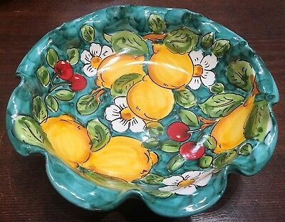 Vietri Pottery-10 inch bowl lemon.Made/Painted by hand in Italy