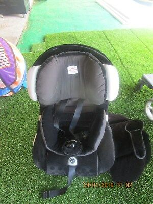 Britax Safe & Sound Plantinum AHR Convertable Car Seat