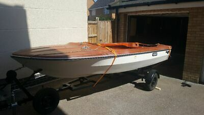 glastron speedboat project with trailor
