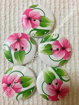 5 x LARGE WOODEN BUTTONS with GENETTE FLOWER DESIGN - 30mm  - #B350
