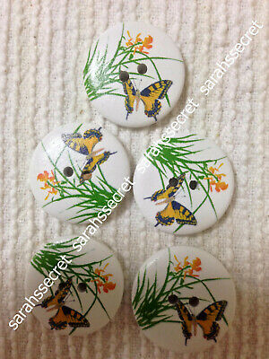 5 x LARGE WOODEN BUTTONS with DAFFODIL BUTTERFLY DESIGN - 30mm  - #B309
