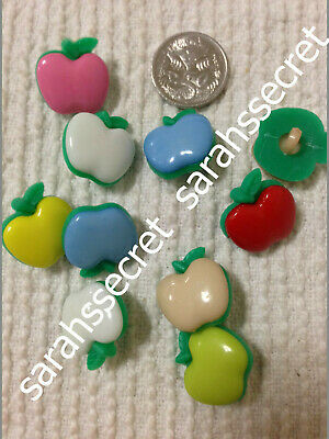 10 x PLASTIC BUTTONS with APPLE DESIGN - 17mm  - #B298