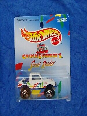 2 MOC 2000 Hot Wheels Treasure Hunt Series Go Kart Sweet 16 in Protecto Packs