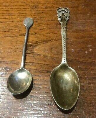 2x Vintage TENNIS THEMED Art Deco Solid SILVER COFFEE SPOONS - 1920s Wimbledon?