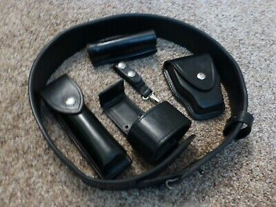 New Safariland Plain Re-inforced Leather Police Duty Belt plus accessories 34-38