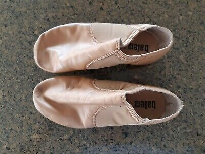 Beige leather, Split Sole Balera Girls Jazz Shoes - In Very Good Used Condition