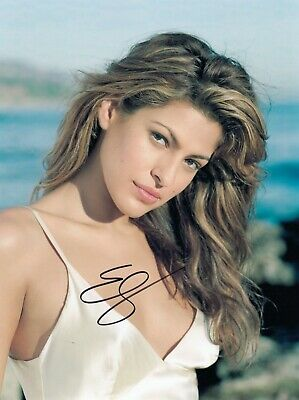 Eva Mendes Signed  8x10 auto photo in Excellent Condition