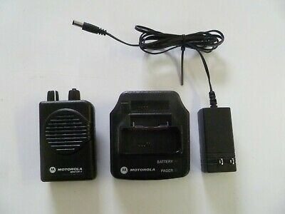 Motorola Minitor V Stored Voice 151-158.9 MHz VHF Fire EMS Pager w Charger y264