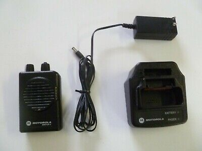 Motorola Minitor V Stored Voice 151-158.9 MHz VHF Fire EMS Pager w Charger g180