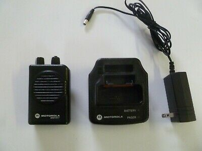 Motorola Minitor V Stored Voice 151-158.9 MHz VHF Fire EMS Pager w Charger g194