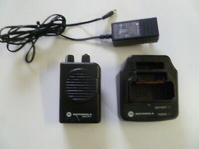 Motorola Minitor V Stored Voice 151-158.9 MHz VHF Fire EMS Pager w Charger y287