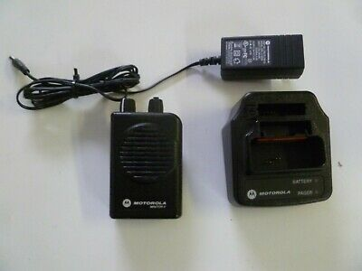 Motorola Minitor V Stored Voice 151-158.9 MHz VHF Fire EMS Pager w Charger y289