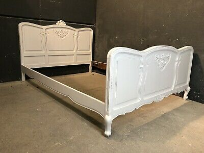 Vintage French Double size bed/ Painted French bed shabby chic style VB377)