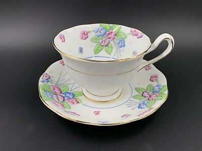 Royal Albert 2248 flower Tea Cup And Saucer Set Bone China England
