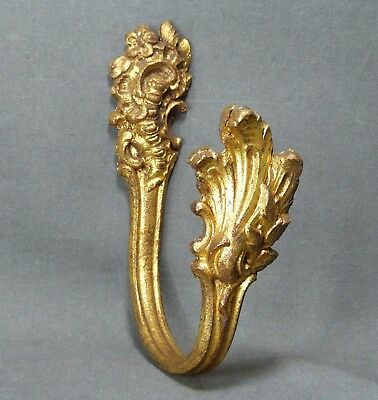 One Antique French Louis XV Style Ormulu Curtain Tieback Ornate Bronze