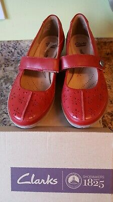 Clarks red shoes 6.5