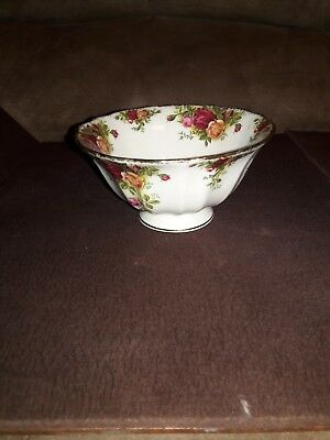 Royal Albert OLD COUNTRY ROSES Bone China Petalstal Bowl RARE Made in England