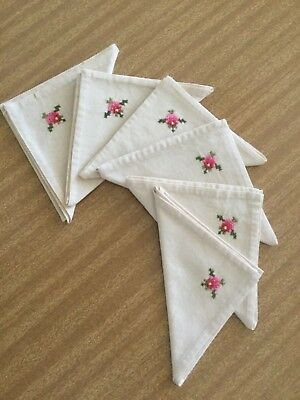 Vintage Set of 6 Hand Embroidered Linen Table Napkins - Brand New and Unused