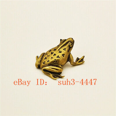 Chinese Hand Carved Animal Pastoral Style Brass Frog Small Statue Ornament