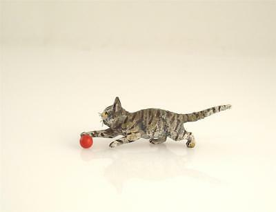 NEW OLD STOCK Franz Bergmann Vienna CAT playing with red Ball Bronze Austria