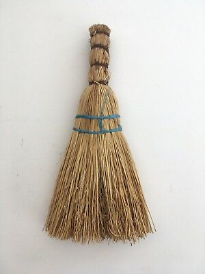 AFRICAN BRUSH - Small Sweeping Brush. Made From Bound Grasses. Africa