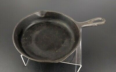Vintage Cast Iron Skillet # 3 Vollrath ? Frying Pan Kitchenware Camping Retro