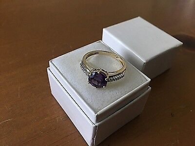 Pretty 14k Yellow Gold & Amethyst Solitaire Ring with Diamond Accents Size 8
