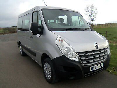 2013 RENAULT MASTER Dci 125 AUTO REMOTE POWERED WHEELCHAIR LIFT / REAR DOORS